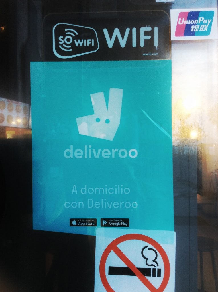 Restaurant cooperating with deliveroo