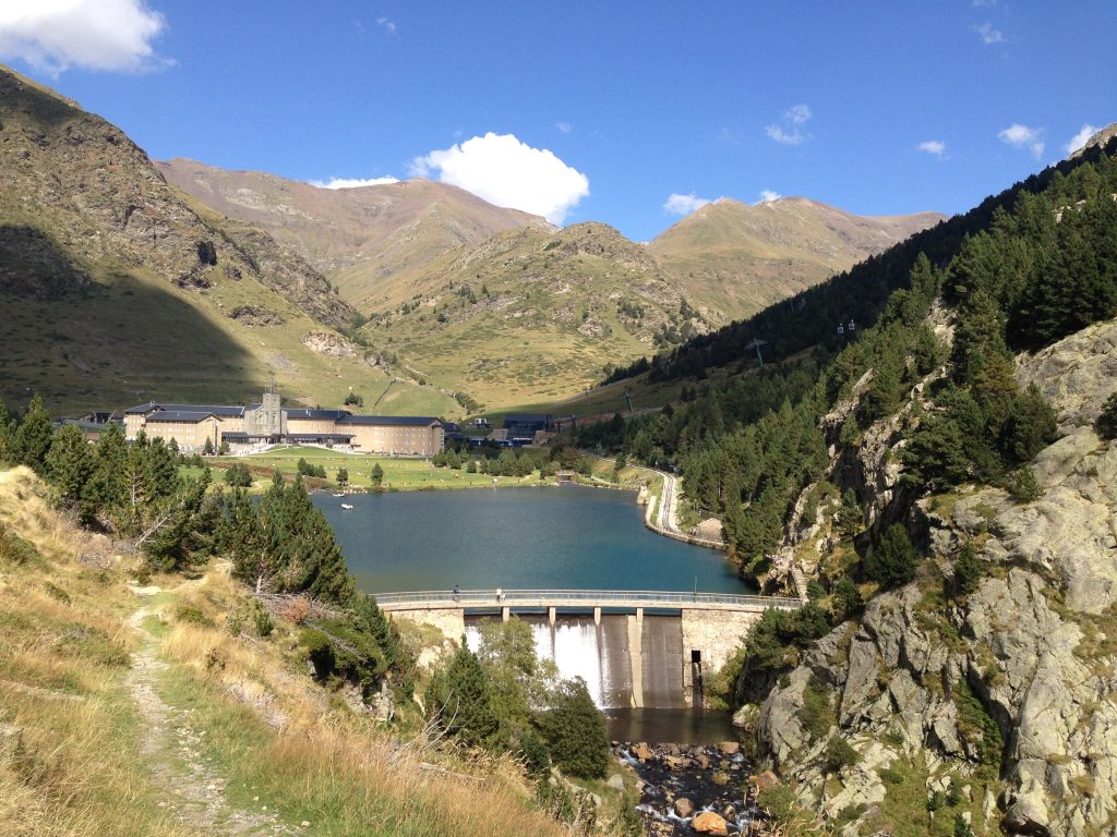 View from the top: lake in Nuria