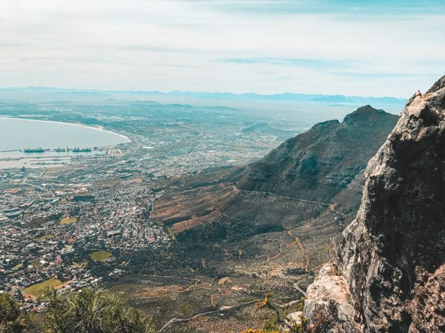Hiking Table Mountain in Cape Town- World Wide Honeymoon